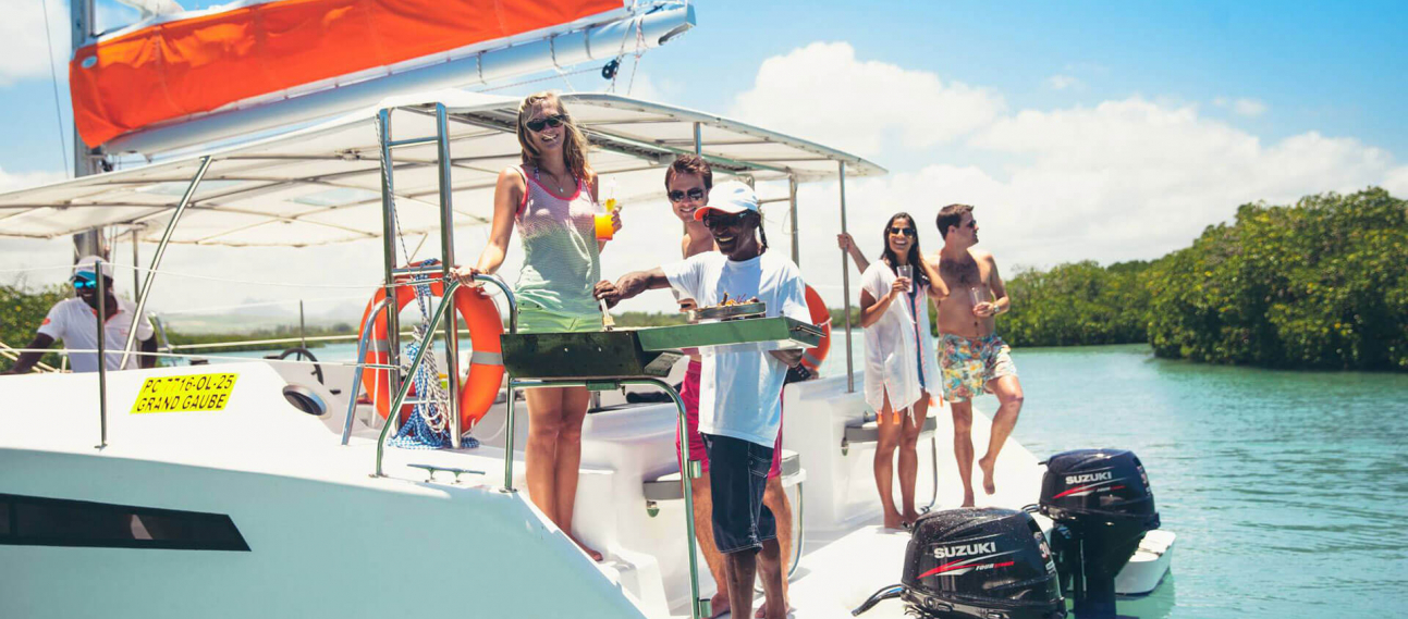 barbecue on veranda resorts catamaran